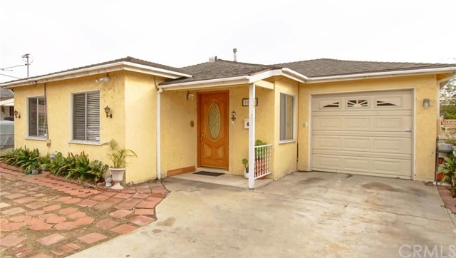 1040 W 220th St, Torrance, CA