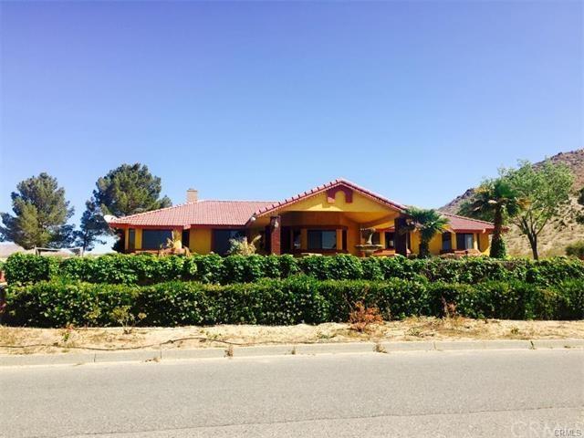 16549 Apple Valley Rd, Apple Valley, CA