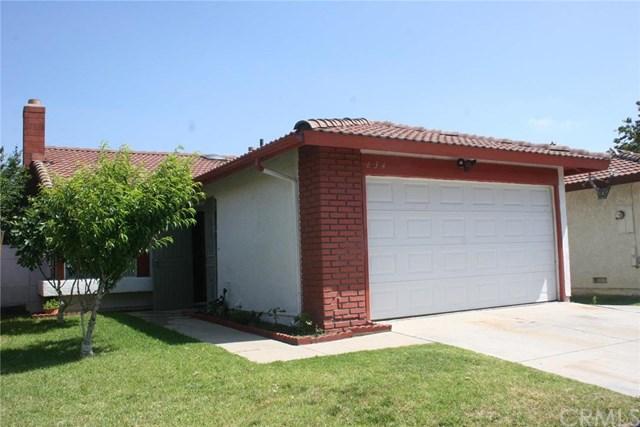634 W Home St, Rialto CA 92376