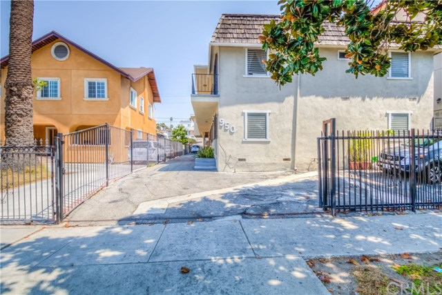 950 S Gramercy Drive, Los Angeles, CA 90019