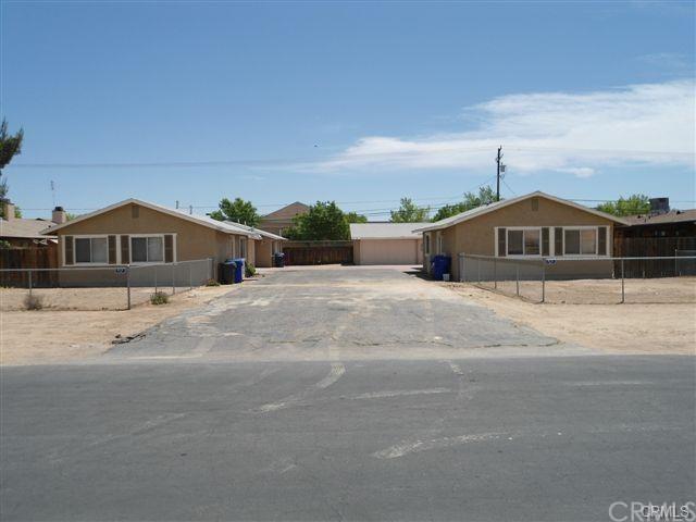 15395 Wanaque Rd, Apple Valley, CA 92307