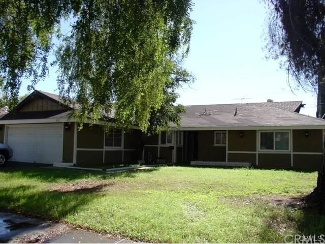 2321 E 18th St, San Bernardino, CA 92404