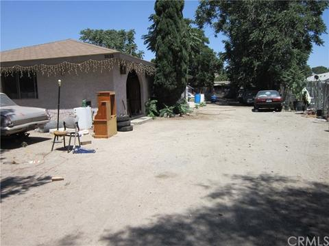 3633 June St, San Bernardino, CA 92407