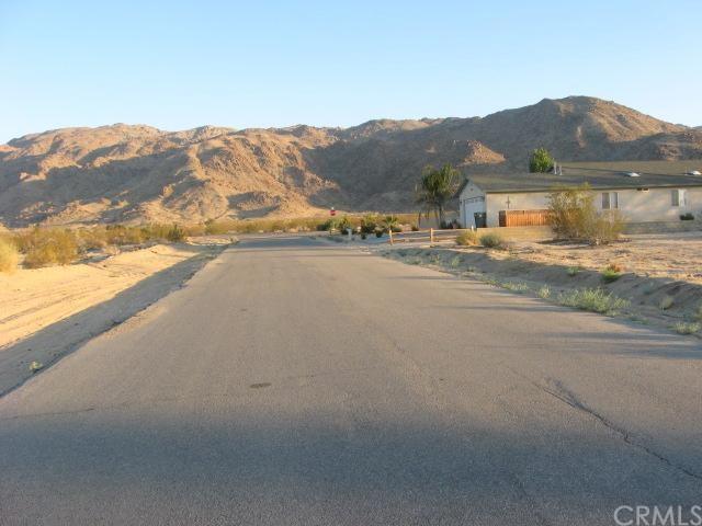 6670 La Buena Tierra Avenue, 29 Palms, CA 92277