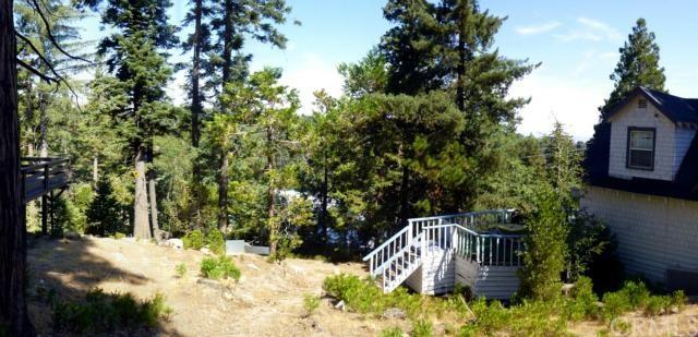 610 Rose Ln, Twin Peaks, CA 92391
