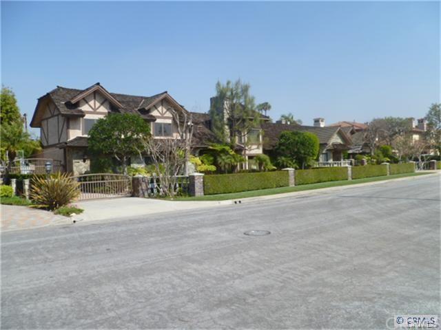 9461 Raviller Dr, Downey, CA