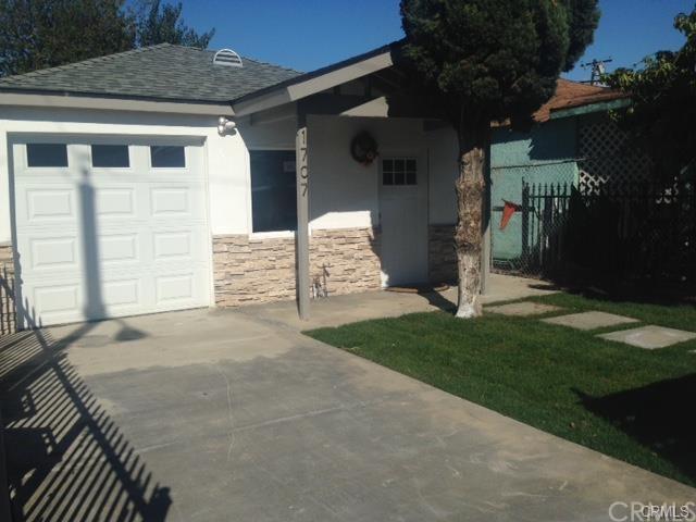 1707 W 155th St, Compton, CA