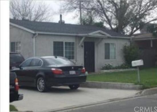 886 Long Beach Dr, Colton, CA