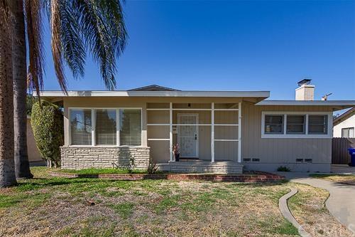 7825 Bairnsdale St, Downey, CA 90240