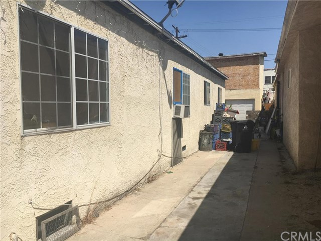 1110 S Oxford Avenue, Los Angeles, CA 90006