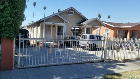 678 W 61st St, Los Angeles, CA 90044
