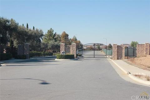 5323 Rose Arbor Ln, Bakersfield, CA 93306