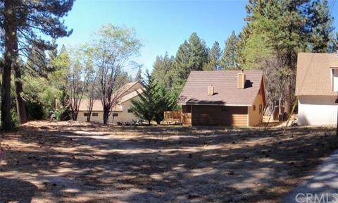 33705 Meadow Ln, Green Valley Lake, CA 92341