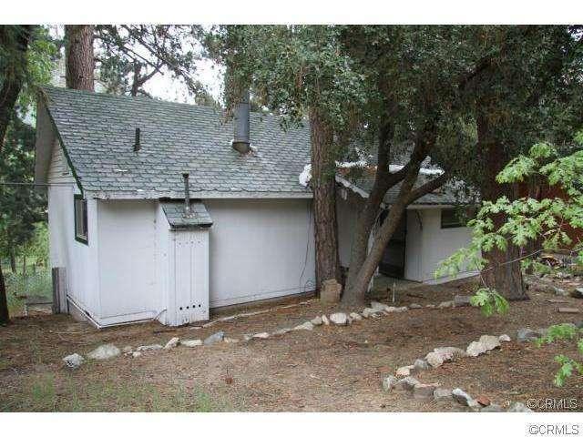 5965 Robin Oak Dr, Angelus Oaks, CA 92305