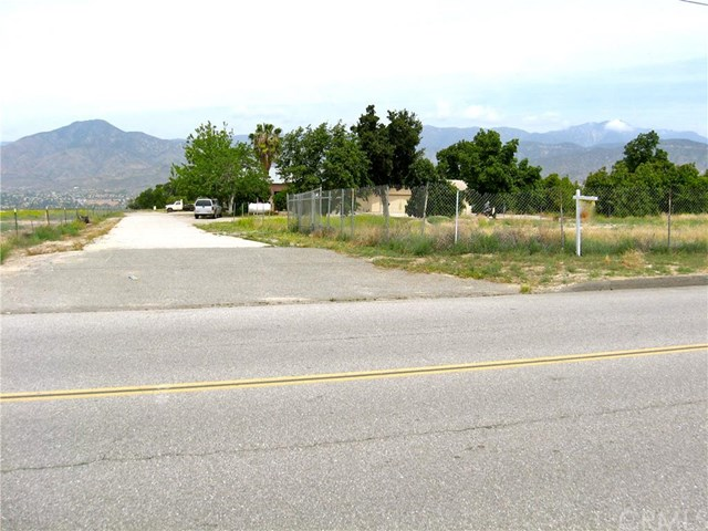 1485 E San Bernardino Ave, Redlands, CA