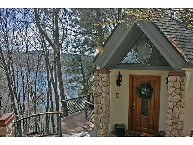 28119 N Shore Rd, Lake Arrowhead, CA