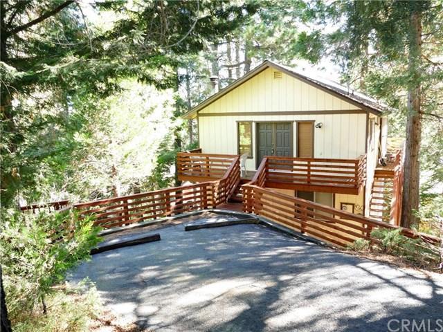 560 Rose Ln, Twin Peaks CA 92391