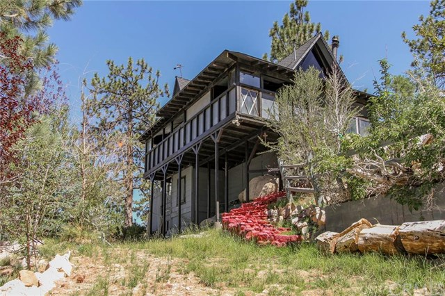 39233 Lark Spur, Big Bear Lake, CA