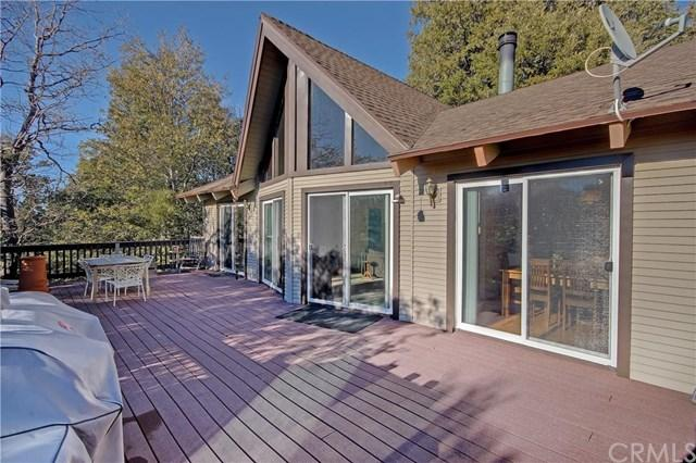 949 Teakwood Dr, Lake Arrowhead CA 92352