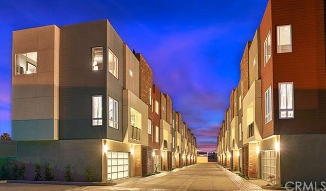802 Brickyard Ln, Costa Mesa, CA 92627