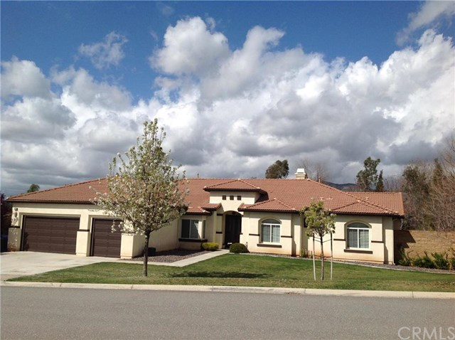 35360 Dry Creek Rd, Yucaipa, CA