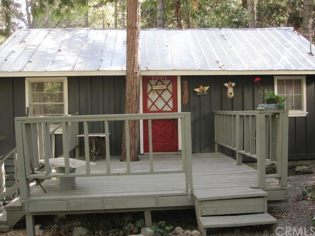9389 Cedar Dr Forest Falls, CA 92339