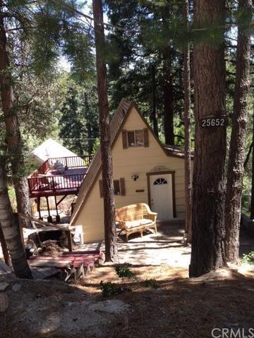 25652 Mid Ln, Twin Peaks CA 92391