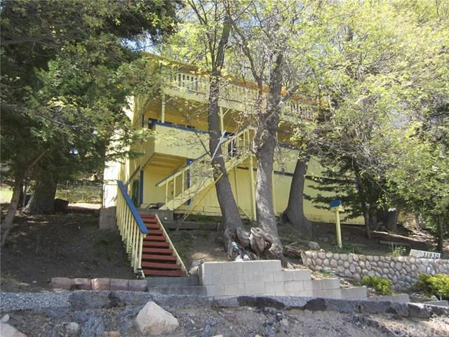 31930 Pine Cone Dr, Running Springs, CA 92382