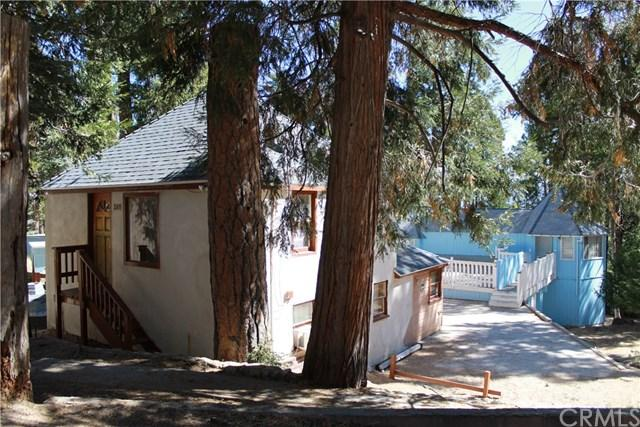 308 Cedarbrook Dr, Twin Peaks, CA 92391
