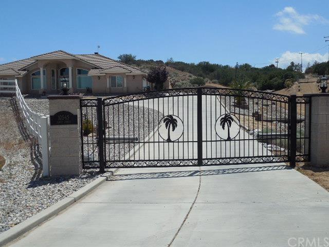 10545 Jenny Street, Oak Hills, CA 92344