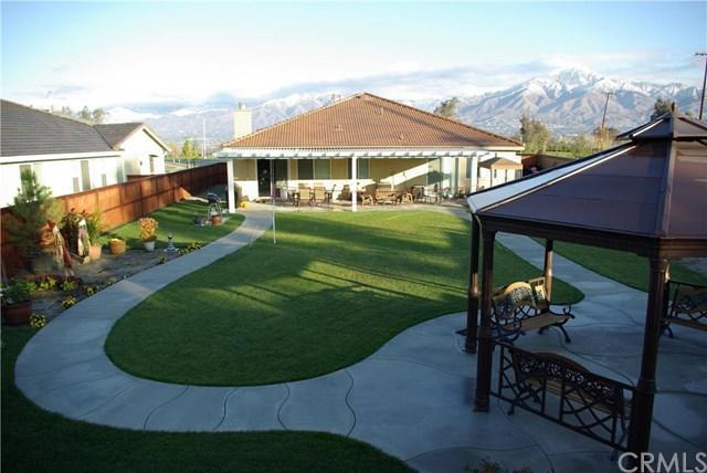 35 Blue Jay Ln, Redlands, CA