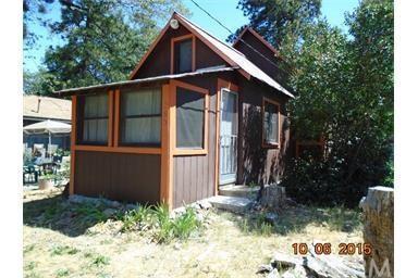 285 Spruce Ln Crestline, CA 92325