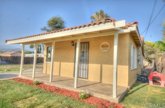 1376 Opal Ave, Mentone, CA 92359