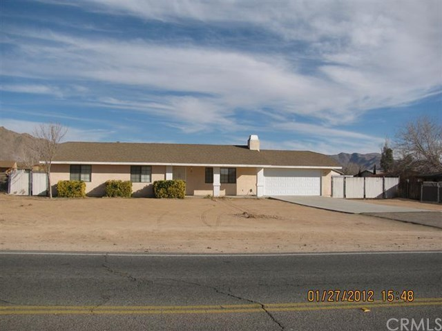 16819 Central Rd, Apple Valley, CA 92307