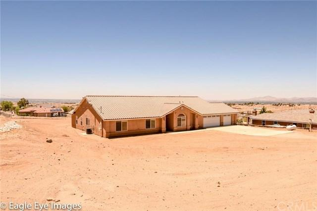 9414 Monte Vista Dr, Apple Valley, CA 92308
