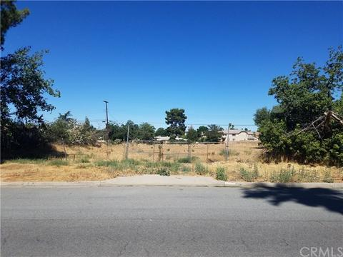 1141 Palm Ave, Beaumont, CA 92223