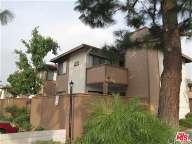 1311 Massachusetts Ave #APT 102, Riverside, CA