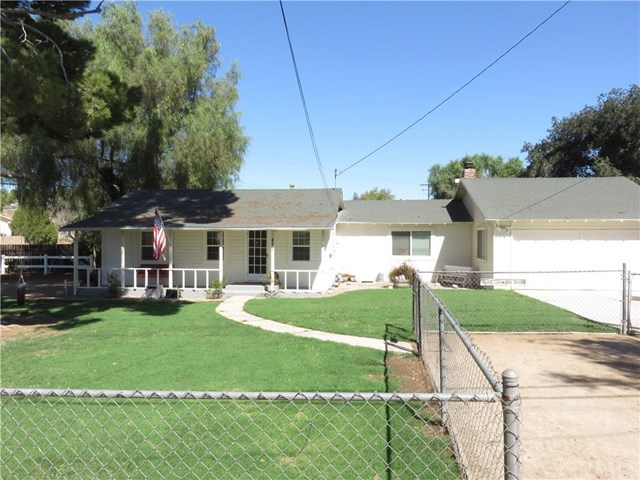 477 7th St, Norco, CA