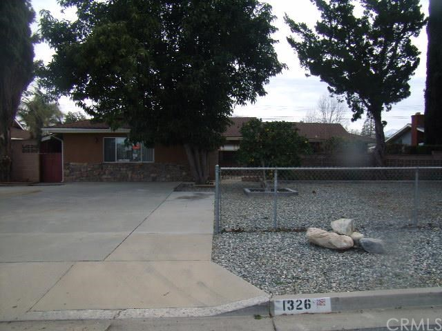 1326 Edgar Ave, Beaumont, CA