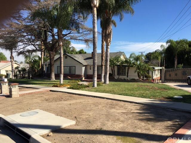 1605 Garretson Ave, Corona, CA