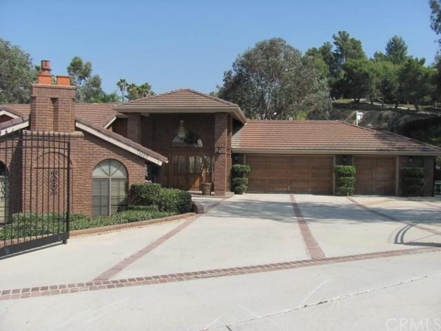 16405 Wagon Wheel Dr, Riverside, CA
