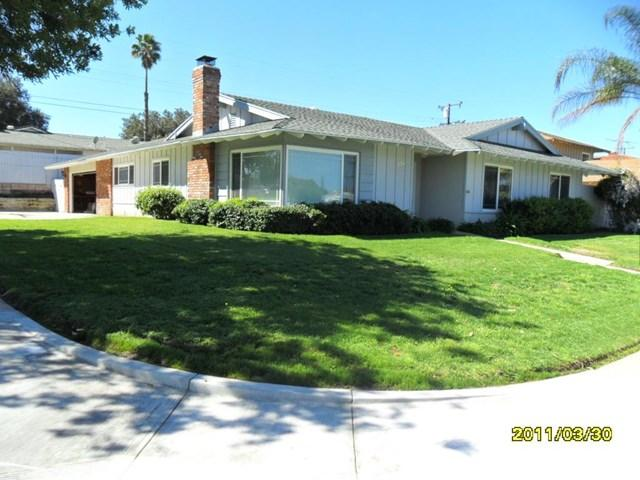 326 E Hacienda Dr, Corona, CA