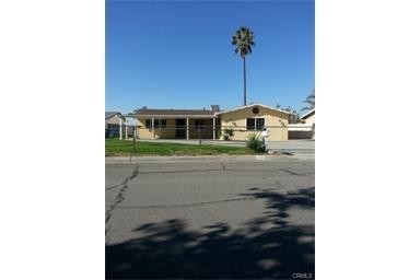 7804 Peacock Ave, Highland, CA
