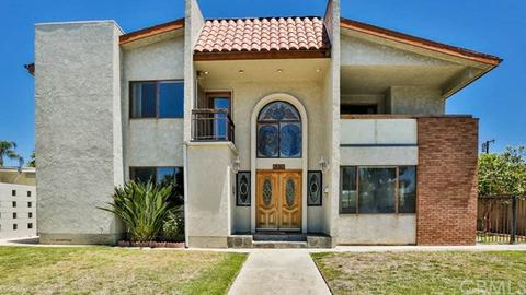 30 Walter Way Buena Park CA 90621 28 Photos Sold 8 17 For 690000 On