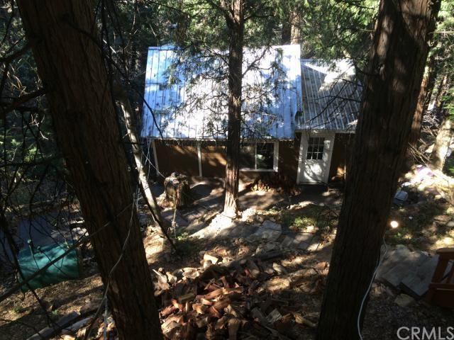 22422 Crest Forest Dr, Cedarpines Park CA 92322