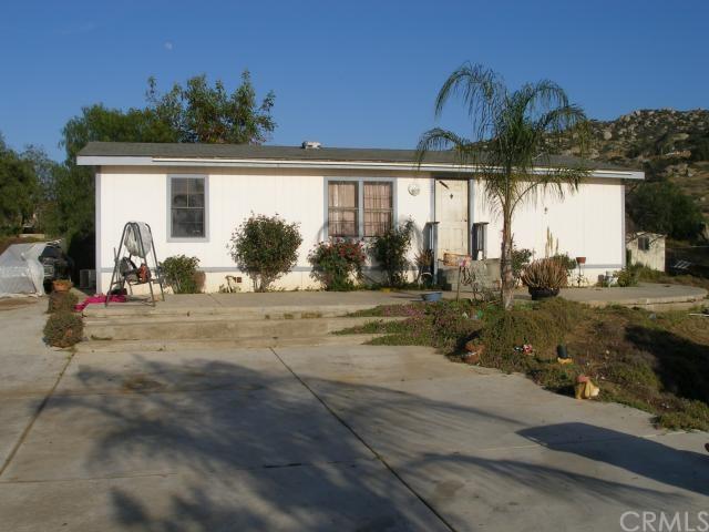 29681 Central Ave, Nuevo, CA