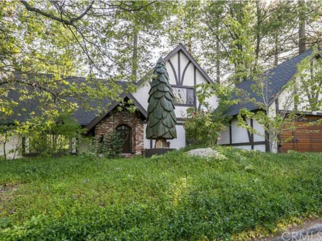 27987 Saint Bernard Ln, Lake Arrowhead, CA