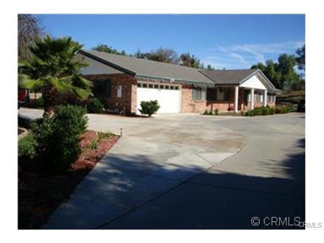 15646 Rancho Viejo Dr, Riverside, CA