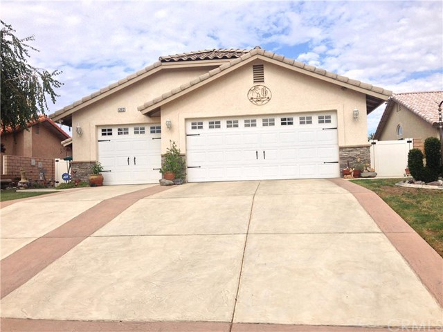 12812 Rainshadow Rd, Victorville, CA