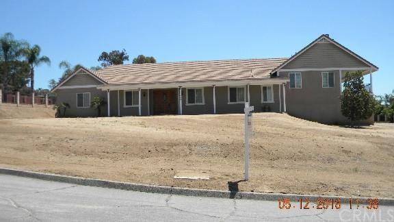 11750 Avocado Ln, Moreno Valley, CA